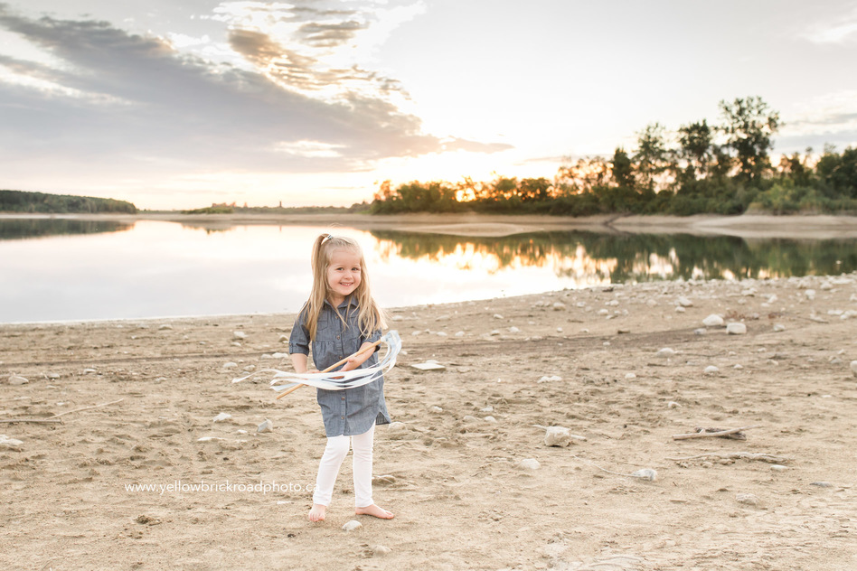 family photography guelph lake yellow brick road photography