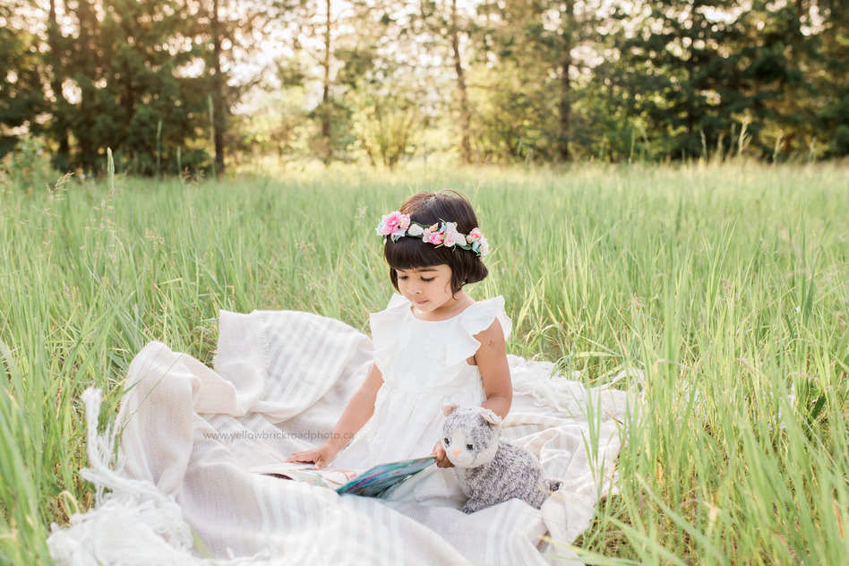 Guelph Child Photographer third birthday session