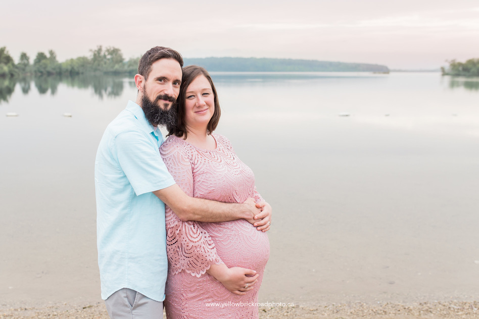 Guelph Maternity Photographer couple pose during maternity session