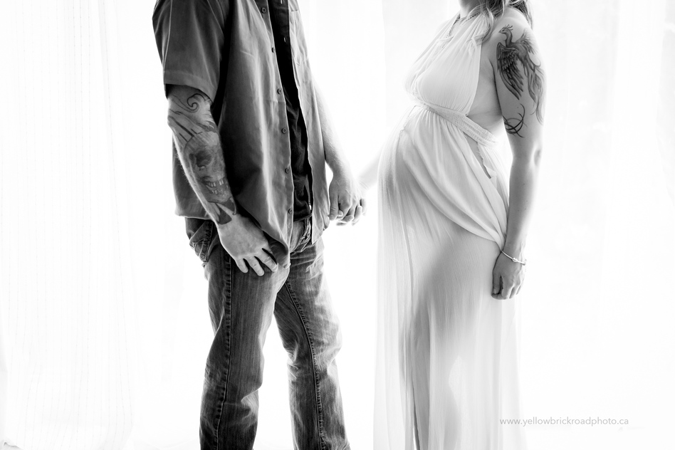 Maternity Photographer Guelph Studio