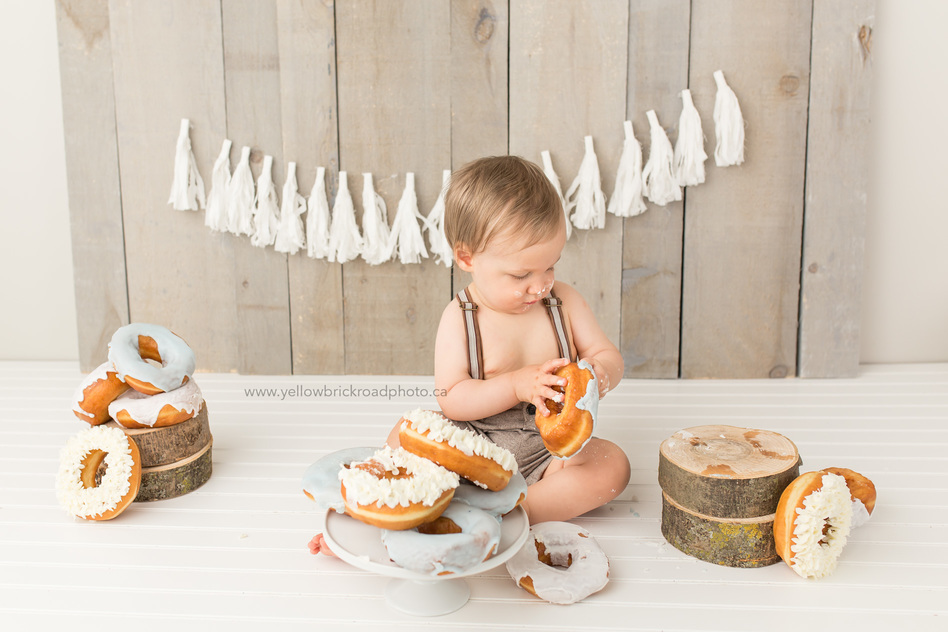 Donut Smash Birthday photo shoot