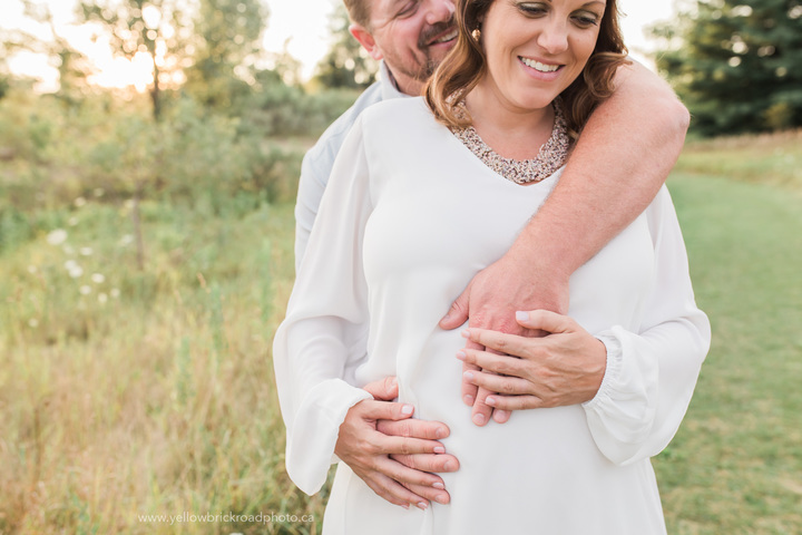 Sunset Maternity Photos in Guelph