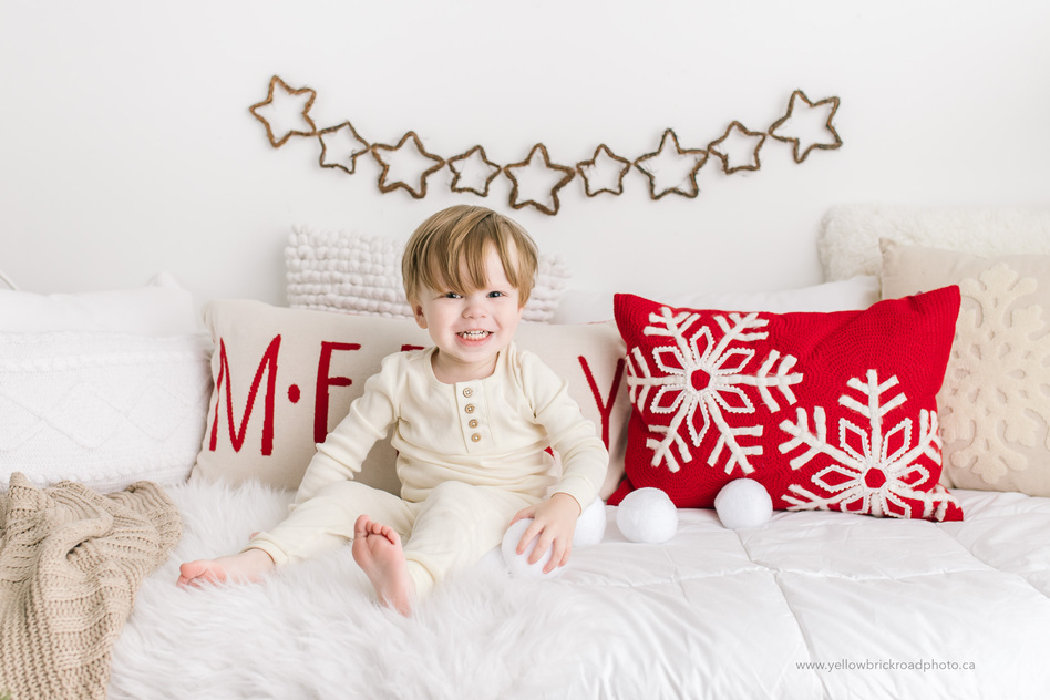 Christmas Mini Sessions.Guelph Christmas Mini Sessions Guelph Newborn Photographer